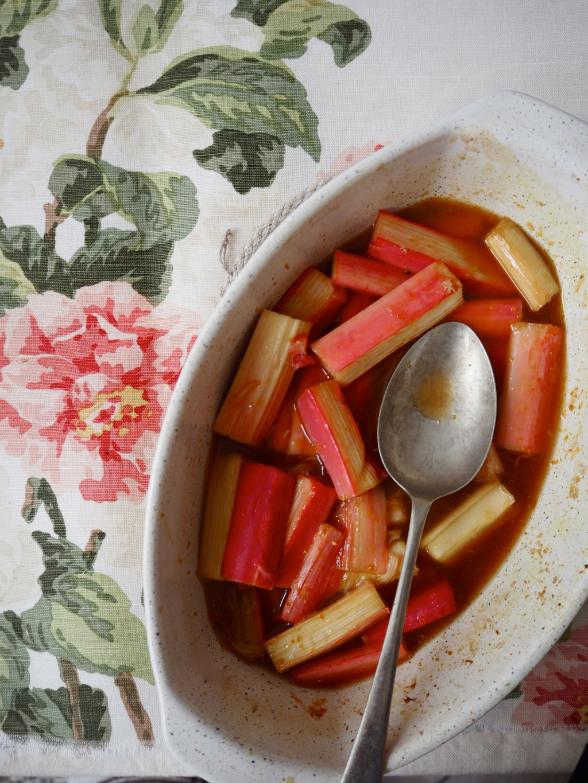 poached rhubarb with vanilla & orange juice