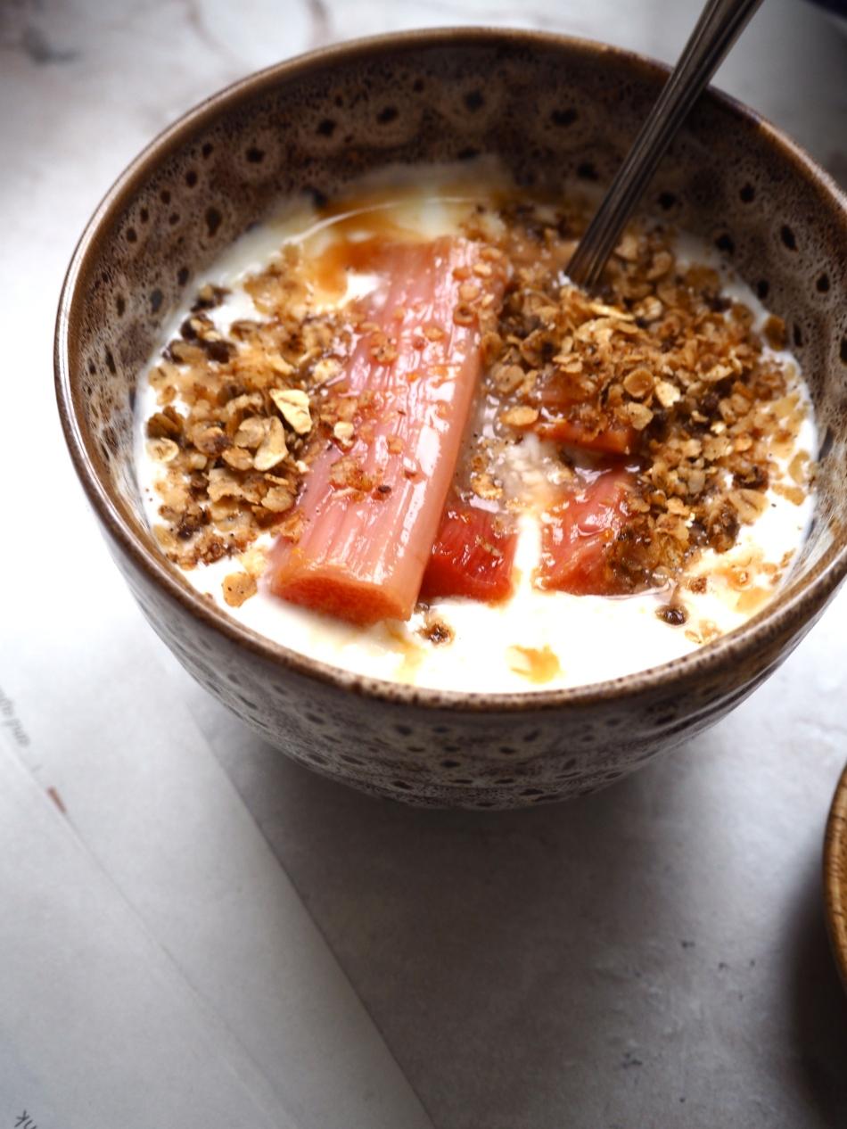 vanilla-poached-rhubrab-with-yogurt.jpg