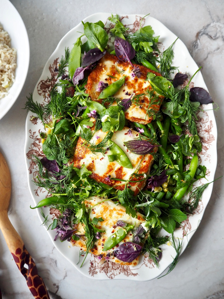 Halloumi & green bean salad with herbs