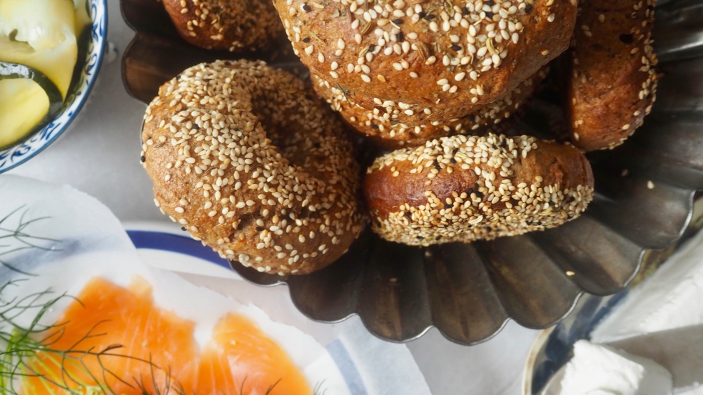 Rye everything bagels